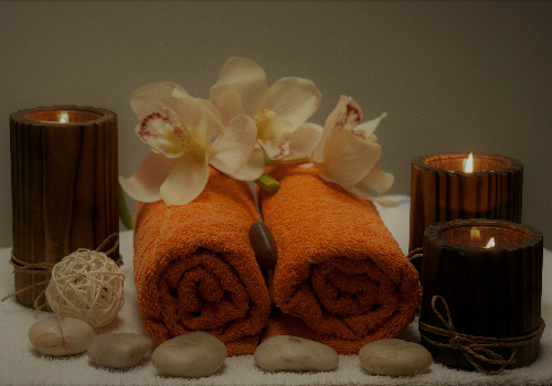 calm Massage towel and candles